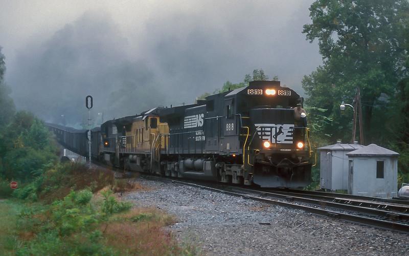 NS 8818 + UP 9141 + NS 8692 Saluda 27 September 1999