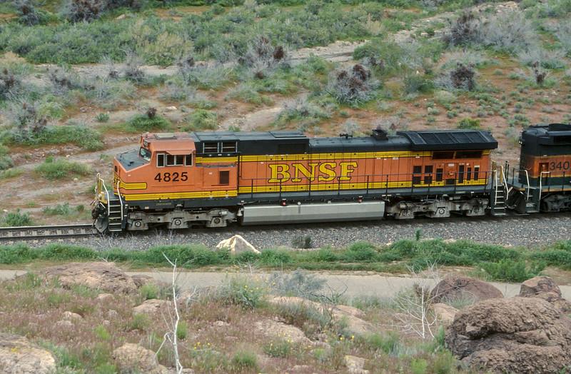 BNSF C44-9W 4825 in Kingman Canyon on 19 March 2005