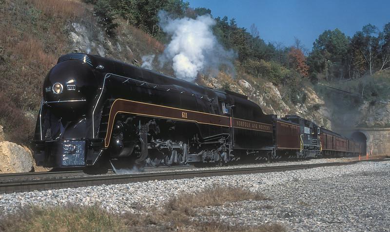 NW 611 + NS 1601 Christiansburg 8 October 1994