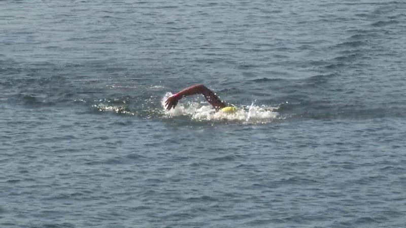 Women's 10k Finish From Shore Top Shot