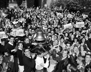 Return of Victory bell, University of Southern California, 1952