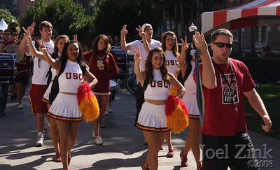 Homecoming parade through campus