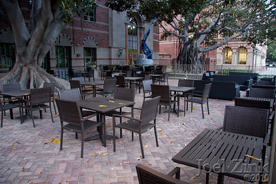 7/21/2010 - The Moreton Bay outdoor eating area along Trousdale