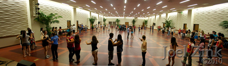 8/27/2010 - Salsa lessons on the Grand Ballroom