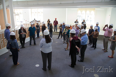 "6/12/2014 ""Summer Daze"" Annenberg staff and faculty building tour"
