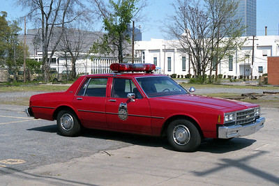 LITTLE ROCK FD  DISTRICT CHIEF 1  1986  CHEVY CAPRICE