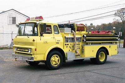 PINE BLUFF ARSENAL FD AR  ENGINE 2  1971  GMC - FT   750-300I