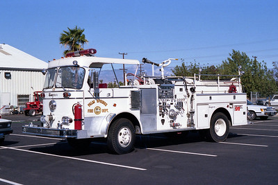 PALM SPRINGS FD  ENGINE 128  1970  SEAGRAVE   1250-500