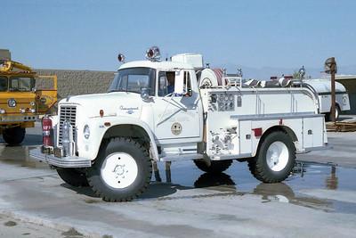 PALM SPRINGS FD  ENGINE 127  1967  IHC LOADSTAR 4X4 - WALTERS   300-500F