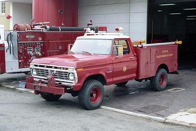 SAN FRANCISCO FD  CLIFF RESCUE 14  1973  FORD F150 4X4 - FD BUILT