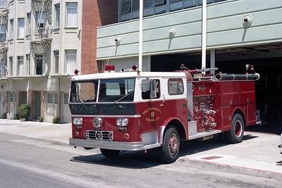 SAN FRANCISCO FD  ENGINE 6  1973  WLF P80   1250-500