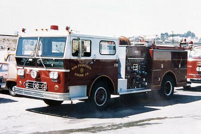 SAN FRANCISCO FD  ENGINE 33  1973  WLF P80   2360-500    COPY PHOTO