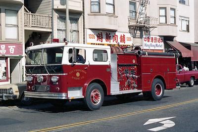 SAN FRANCISCO FD  ENGINE 2  1974  WLF P-80   1250-500