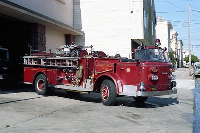SAN FRANCISCO FD  ENGINE 11  1967  ALF 900   1250-500