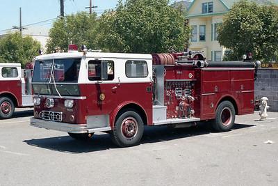 SAN FRANCISCO FD  ENGINE 1  1974  WLF P80   1250-500