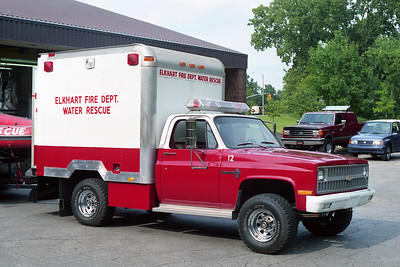 ELKHART FD IN  RESCUE 12  1981  CHEVY - 1987  UTILIMASTER