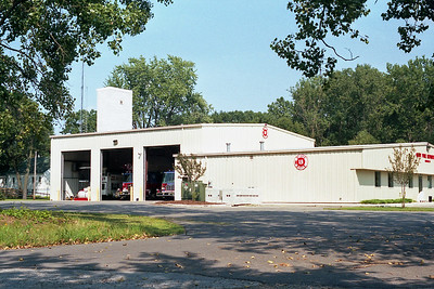 GARY FD IN  STATION 13