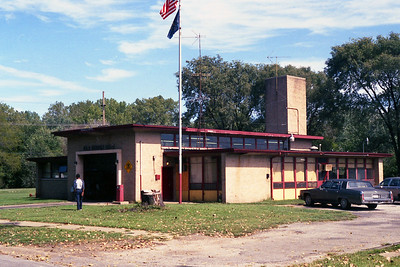 GARY FD IN  STATION 10