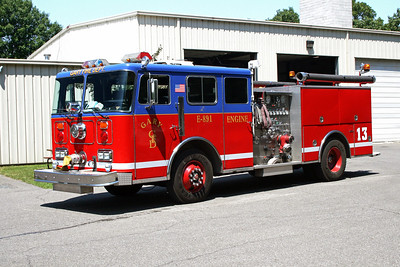 GARY FD IN  ENGINE 13  SEAGRAVE