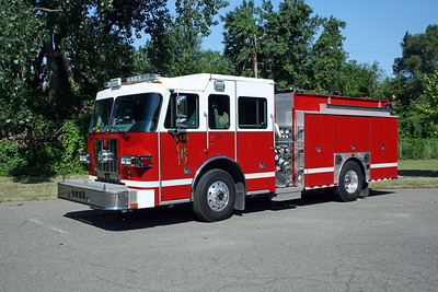 GARY FD IN  ENGINE 13  SUTPHEN