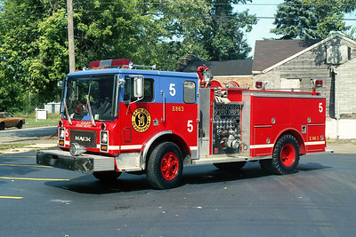 GARY FD IN  ENGINE 5  MACK MC - 3D