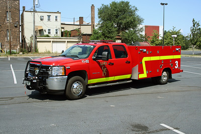 GARY FD IN  SQUAD 3  CHEVY -