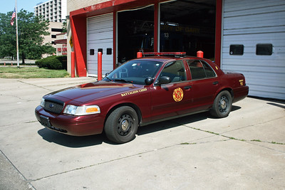 GARY FD IN  BATTALION CHIEF  FORD CROWN VIC