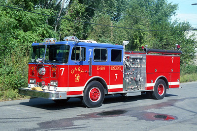 GARY FD IN  ENGINE 7  SEAGRAVE