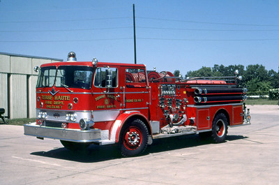 TERRE HAUTE FD IN  ENGINE 7  1968  IHC - MIDWEST   1000-500   DAVE MILLER PHOTO