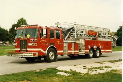 DAVENPORT  TOWER 1  1996 SUTPHEN  1500-300-100'  BILL FRICKER PHOTO