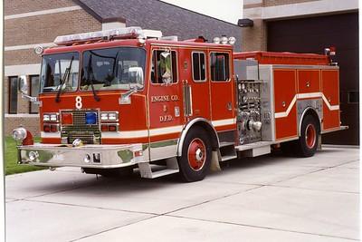 DAVENPORT  ENGINE 8  1993 KME  1250-500   BILL FRICKER PHOTO