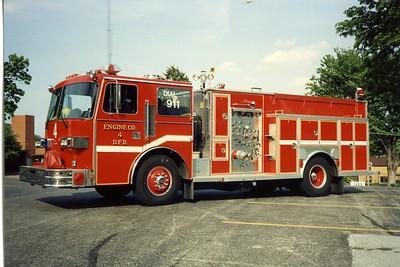 DAVENPORT  ENGINE 4  1990 SUTPHEN - ALEXIS  1250-500