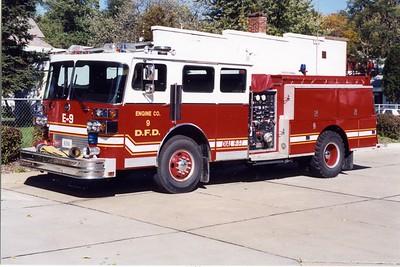 DAVENPORT  ENGINE 9  1984 SUTPHEN  1250-500  X-CLEVELAND FD,OH   BILL FRICKER PHOTO