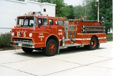 DAVENPORT  ENGINE 5  1979 FORD C - PIRSCH  1000-500  BILL FRICKER PHOTO