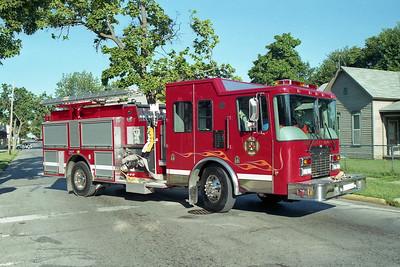 TERRE HAUTE FD  ENGINE 2  2000  HME - SMEAL   1500-1000-40F   #10324O