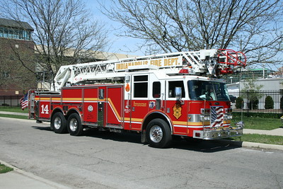 INDIANAPOLIS FD  LADDER 14