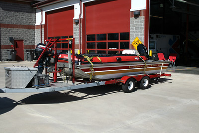 IFD  SPECIAL OPERATIONS 54   BOAT