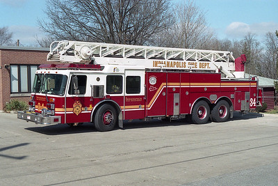 INDIANAPOLIS FD TRUCK 34