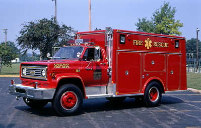 SPEEDWAY FD IN  RESCUE  1981  CHEVY - MARION