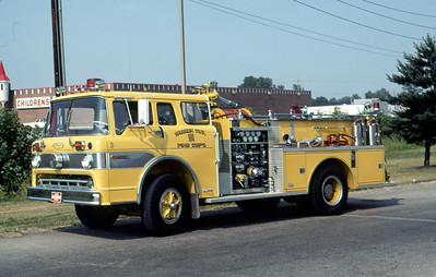 WARREN TOWNSHIP FD - INDIANAPOLIS IN  ENGINE 443  1973  FORD C - PIERCE   1000-600   DON FEIPEL PHOTO