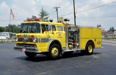 WARREN TOWNSHIP FD - INDIANAPOLIS IN  ENGINE 442  1983  FORD C - PIERCE   1000-500   MARK MITCHELL PHOTO