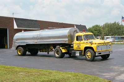 WARREN TOWNSHIP  TANKER 42  1965 FORD -  1970  INDIANA FIRE APPARATUS  300 - 4000