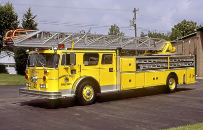 WARREN TOWNSHIP FD - INDIANAPOLIS IN  LADDER 441  1972  SEAGRAVE - 1985  INTERSTATE   100'   #B-73158   X- FDNY   GLENN VINCENT PHOTO
