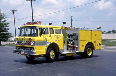 WARREN TOWNSHIP FD - INDIANAPOLIS IN  ENGINE 449  1970  FORD C - 1986  PIERCE   1000-500    MARK MITCHELL PHOTO