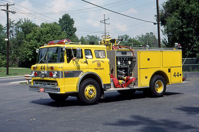 WARREN TOWNSHIP FD - INDIANAPOLIS IN  ENGINE 444  1983  FORD C - PIERCE   1000-500   MARK MITCHELL PHOTO