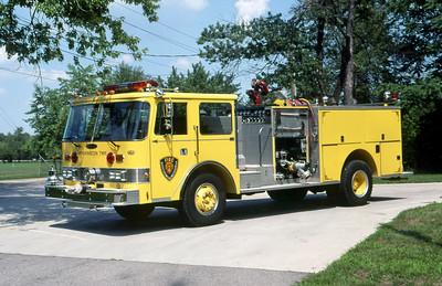 WASHINGTON TOWNSHIP FD - INDIANAPOLIS IN  ENGINE 25  1985  PIERCE ARROW   1250-500    MARK MITCHELL PHOTO