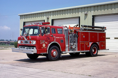 WAYNE TOWNSHIP FD - INDIANAPOLIS IN  ENGINE 10-2    1983  FORD C8000 - E-ONE   1000-750   MARK MITCHELL PHOTO