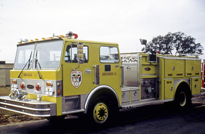 WAYNE TOWNSHIP FD - INDIANAPOLIS IN  ENGINE 11  SPARTAN - E-ONE
