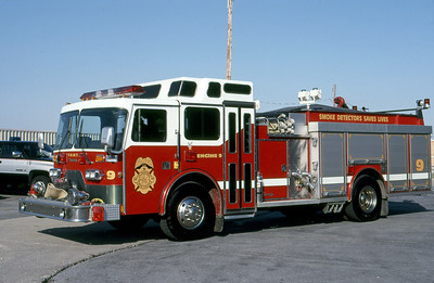 WAYNE TOWNSHIP FD - INDIANAPOLIS IN  ENGINE 9  1990  DUPLEX - YOUNG   1500-1000