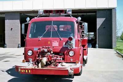 TOPEKA FD KS  ENGINE 11R  1957  IHC VC190 - AMERICAN   500-500   FRONT VIEW